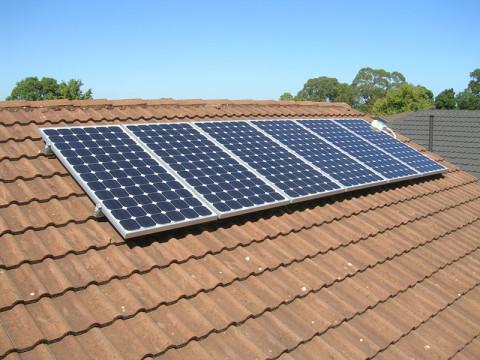 zonnepanelen veilig monteren